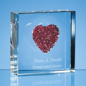 EUR10 Red Diamante Heart Paperweight
